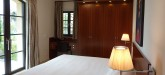 rent-villa-saint-tropez-bedroom-