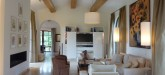 rent-villa-saint-tropez-living-