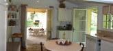 villa-moulin-saint-tropez-kitchen