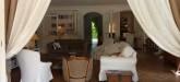 villa-moulin-saint-tropez-living-room-1