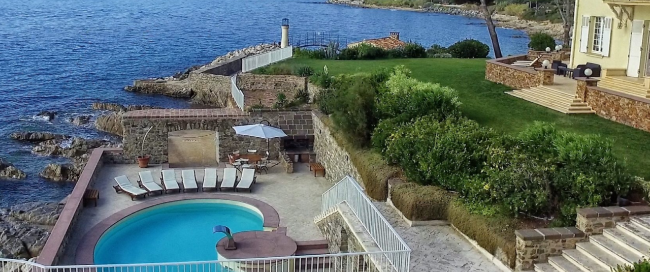 """Saying """"yes"""" in Saint-Tropez: The most breathtaking villas to get married"""