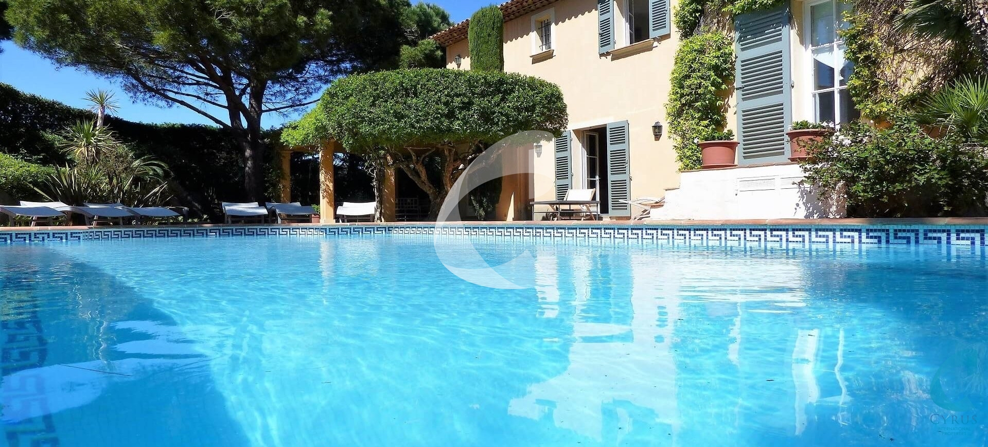 Hotel Saint-Tropez pool