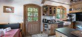Chalet Nogentil Everest kitchen